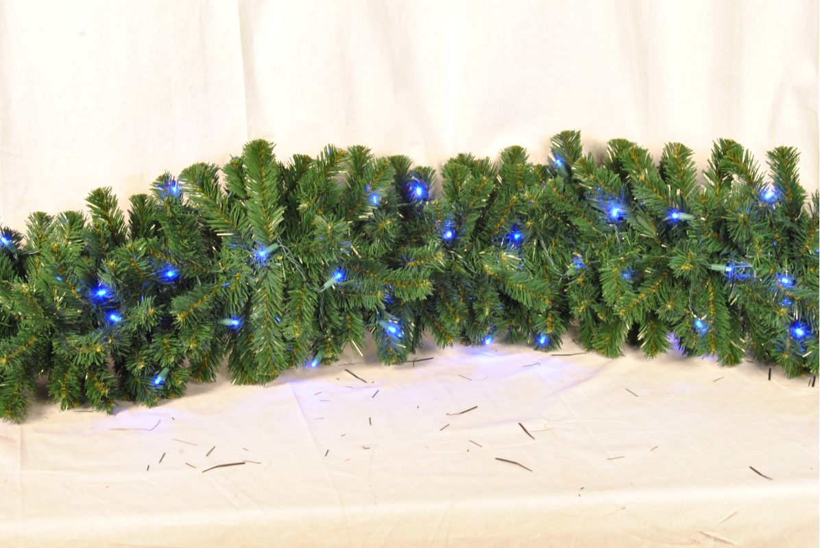 Christmas at Winterland WL-GARSQ-09-LBL 9 Foot Pre-Lit Blue LED