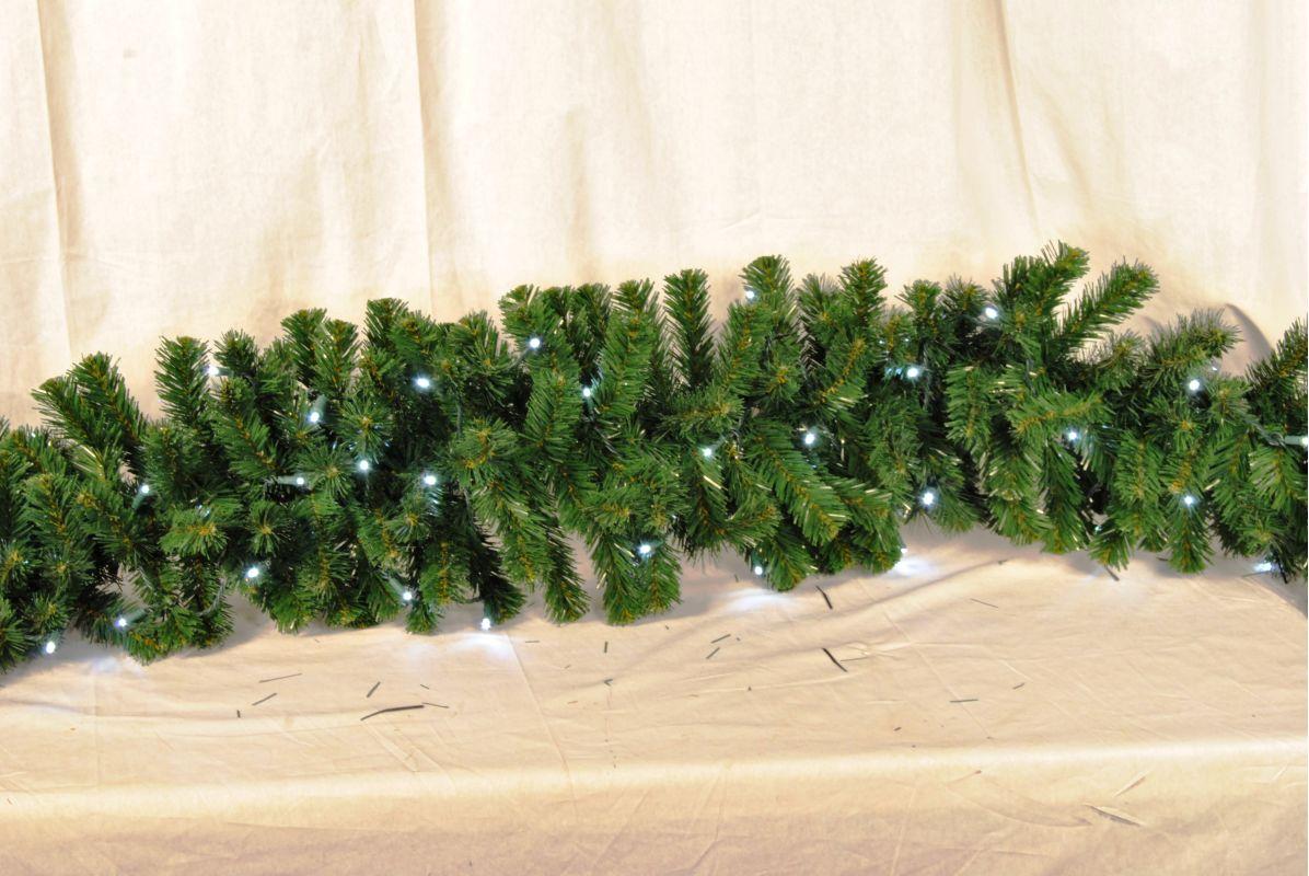 Christmas at Winterland WL-GARSQ-09-LPW 9 Foot Pre-Lit Pure White LED