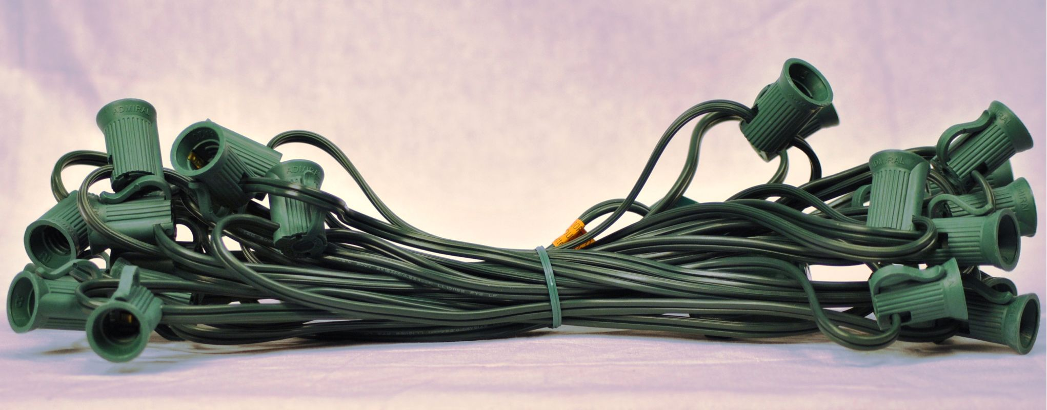 Christmas at Winterland WL-NET-C9 C9 Socketed Net Cord Green Accessory