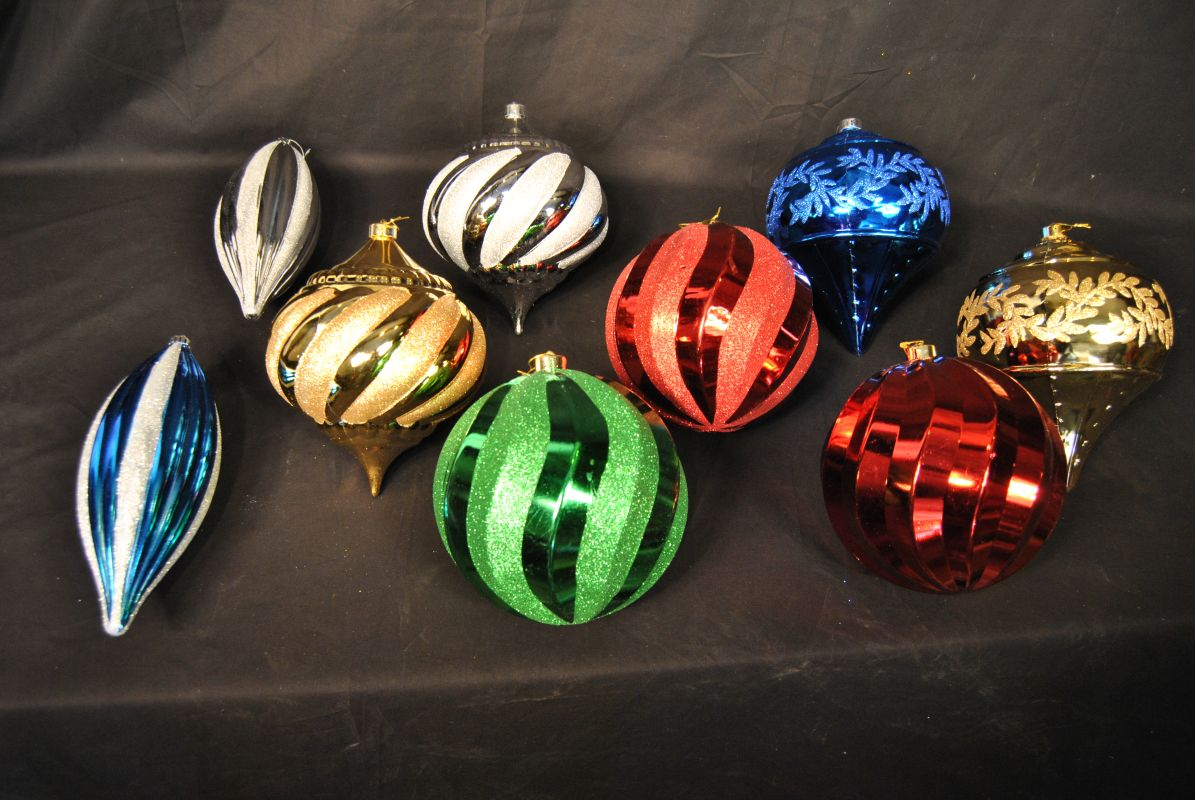 Christmas at Winterland WL-ORN-9PK Assorted Colors Ornament Kit Sale $73.42 ITEM: bci2044485 ID#:WL-ORN-9PK :