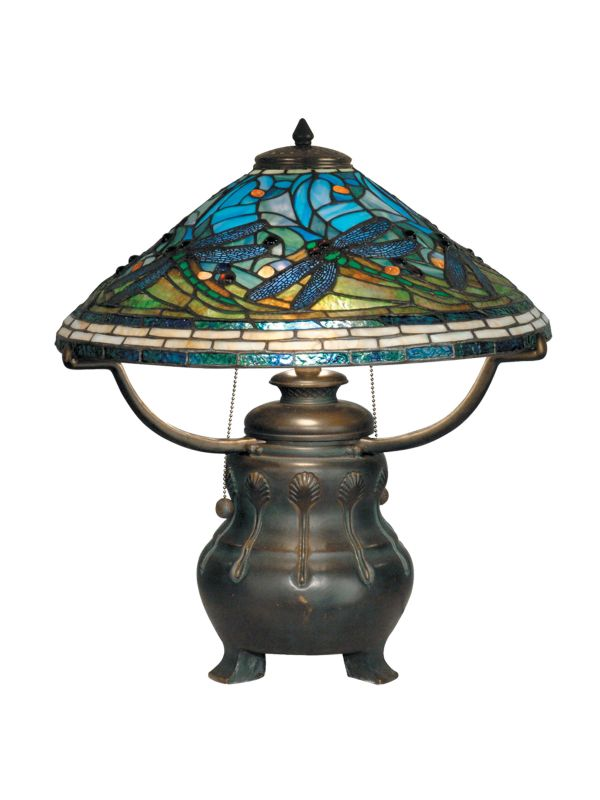 Dale Tiffany TT90421 Victorian 3 Light Tiffany Dragonfly Table Lamp
