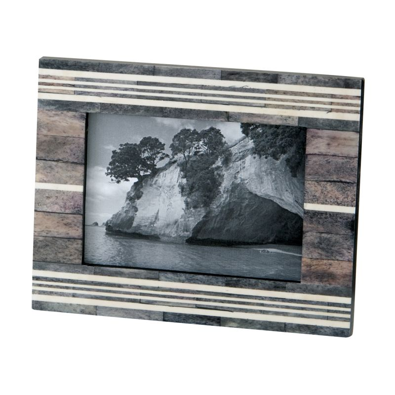 Dimond Home 903006 Gray And White Horn And Bone Frame Multi Home Decor