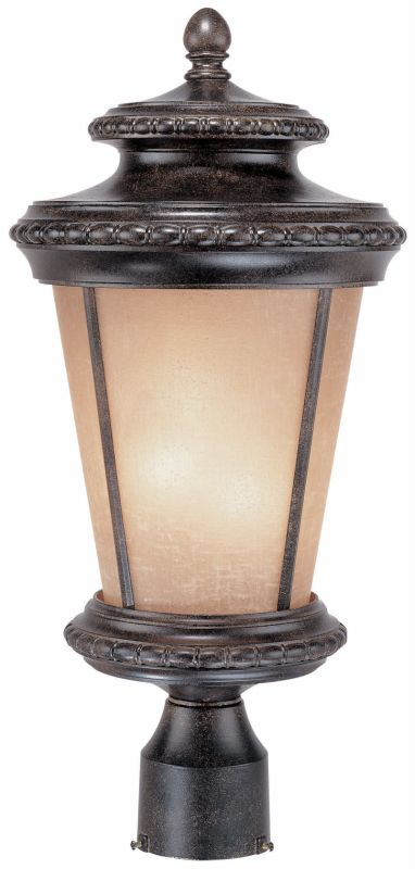 Dolan Designs 9137 3 Light Post Light from the Edgewood Collection