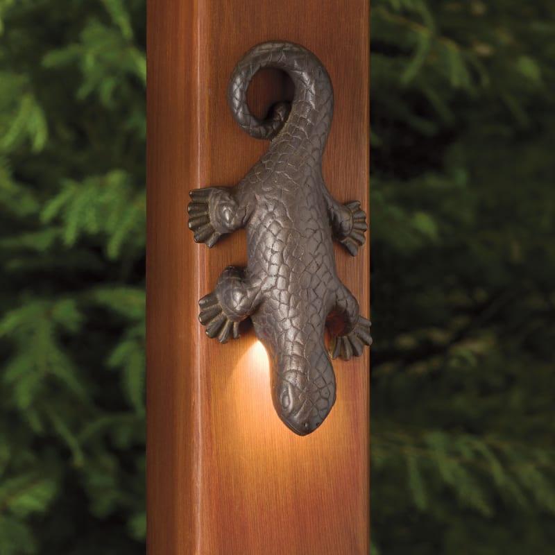 Kichler 15047oz Olde Bronze Oak Trail Lizard Accent Low