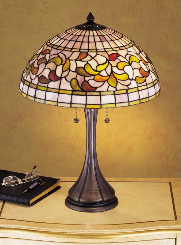 stained glass table lamp usa. Black Bedroom Furniture Sets. Home Design Ideas