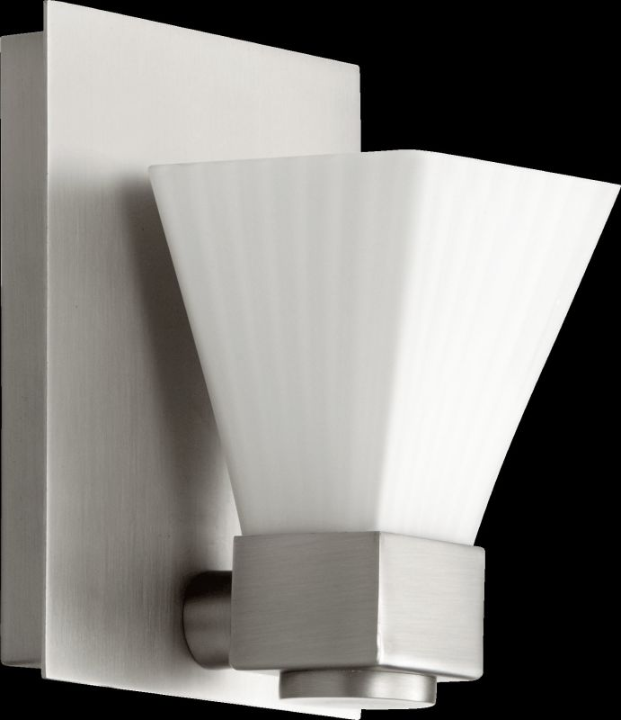 Quorum International 5671-1 1 Light Bathroom Sconce with Frosted Glass